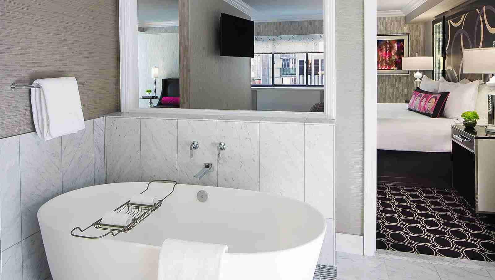 The Kimpton Muse Spa Suite. (Photo courtesy of Kimpton Muse)