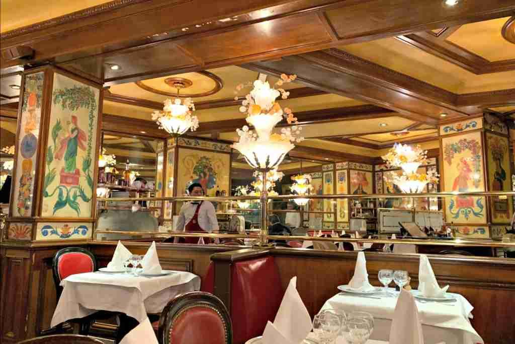 Interior of Au Pied de Cochon, Paris.