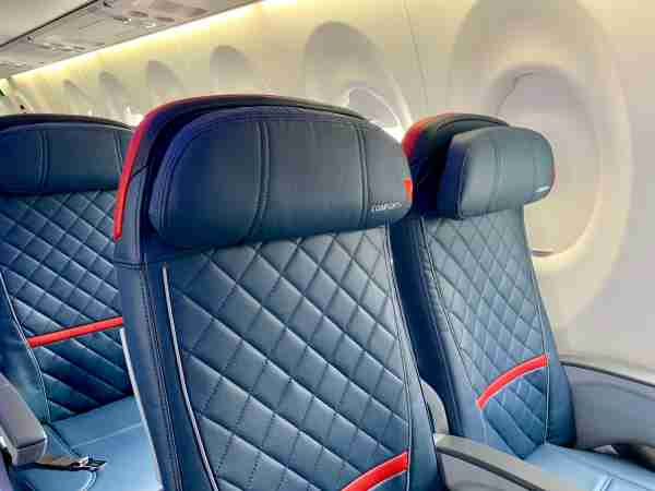 Delta A220 seating in Comfort+