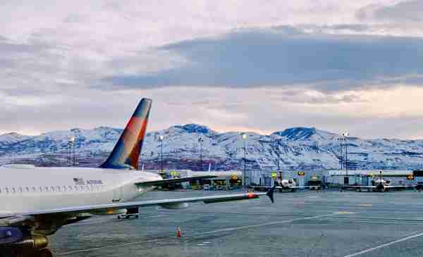 Connections not only provide a breather, but epic views if transiting through Salt Lake City. (Photo by Darren Murph / The Points Guy)