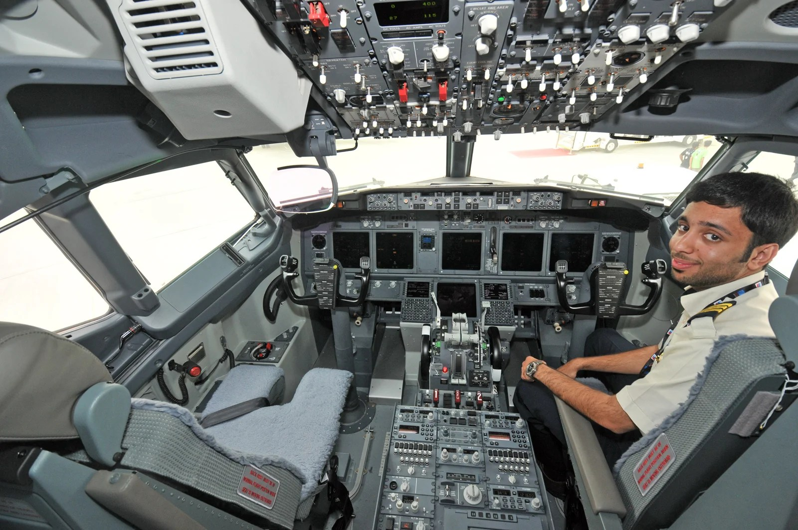 How Much Experience Does a Pilot Need?