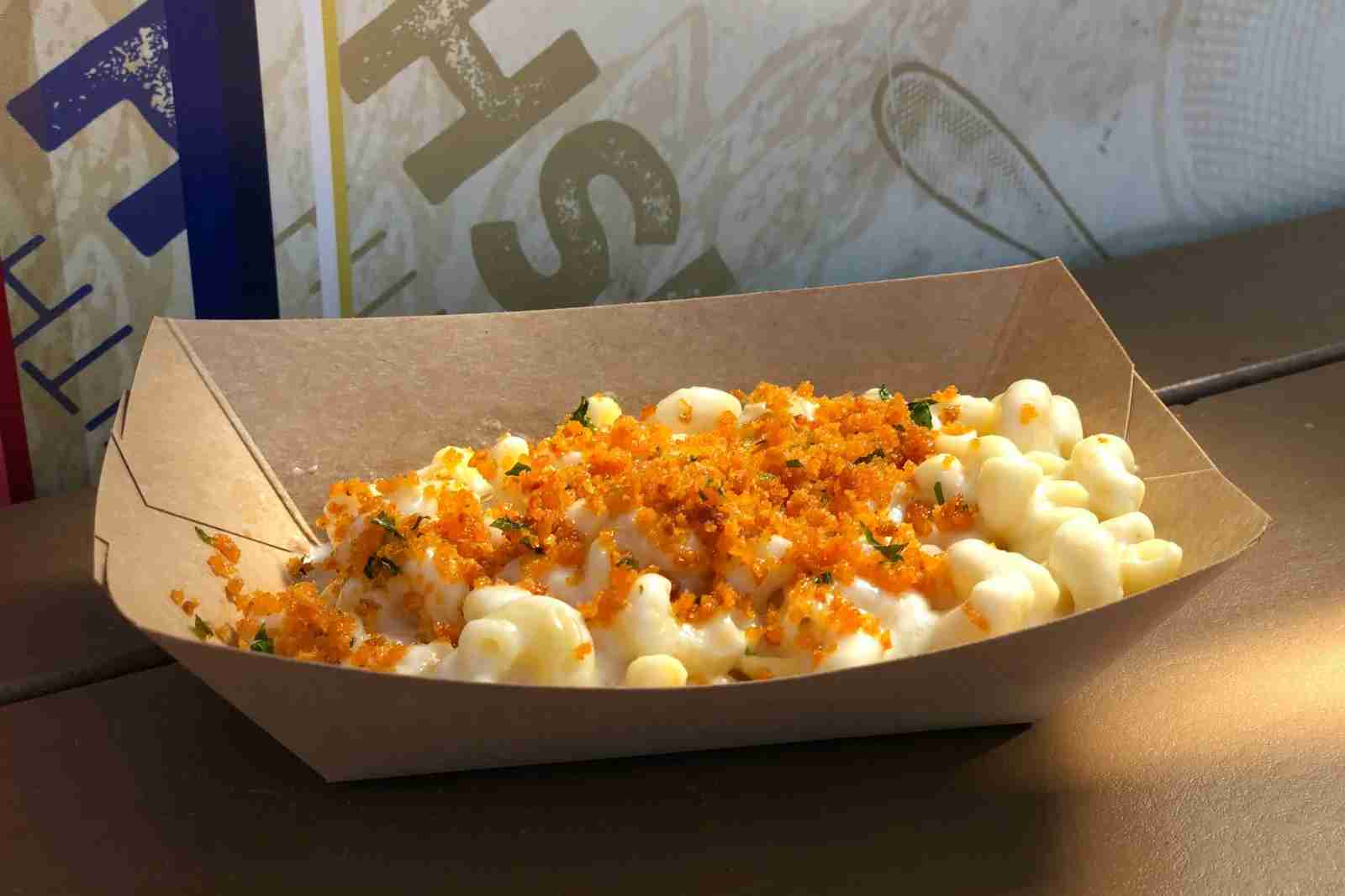 Disneyland Food Wine - Garlic Mac Cheese