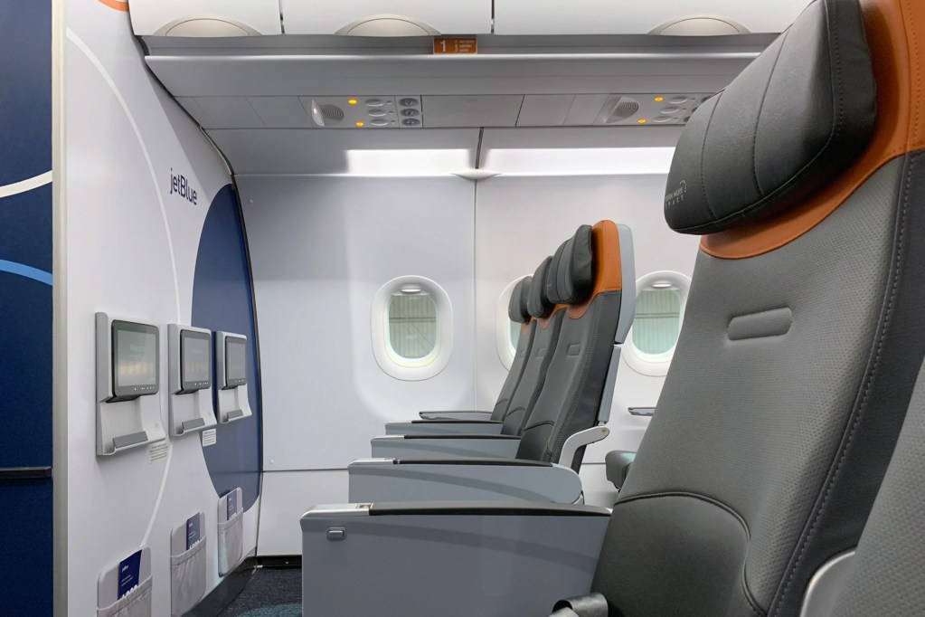 Incredible Where To Sit When Flying Jetblues Retrofitted Airbus A320 Bralicious Painted Fabric Chair Ideas Braliciousco