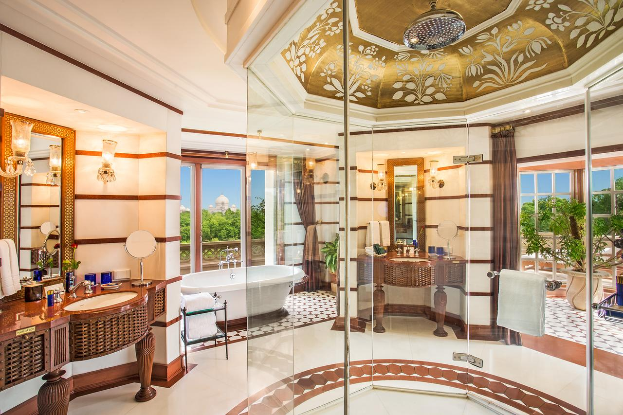 (Photo courtesy of the Oberoi Amarvilas Agra)