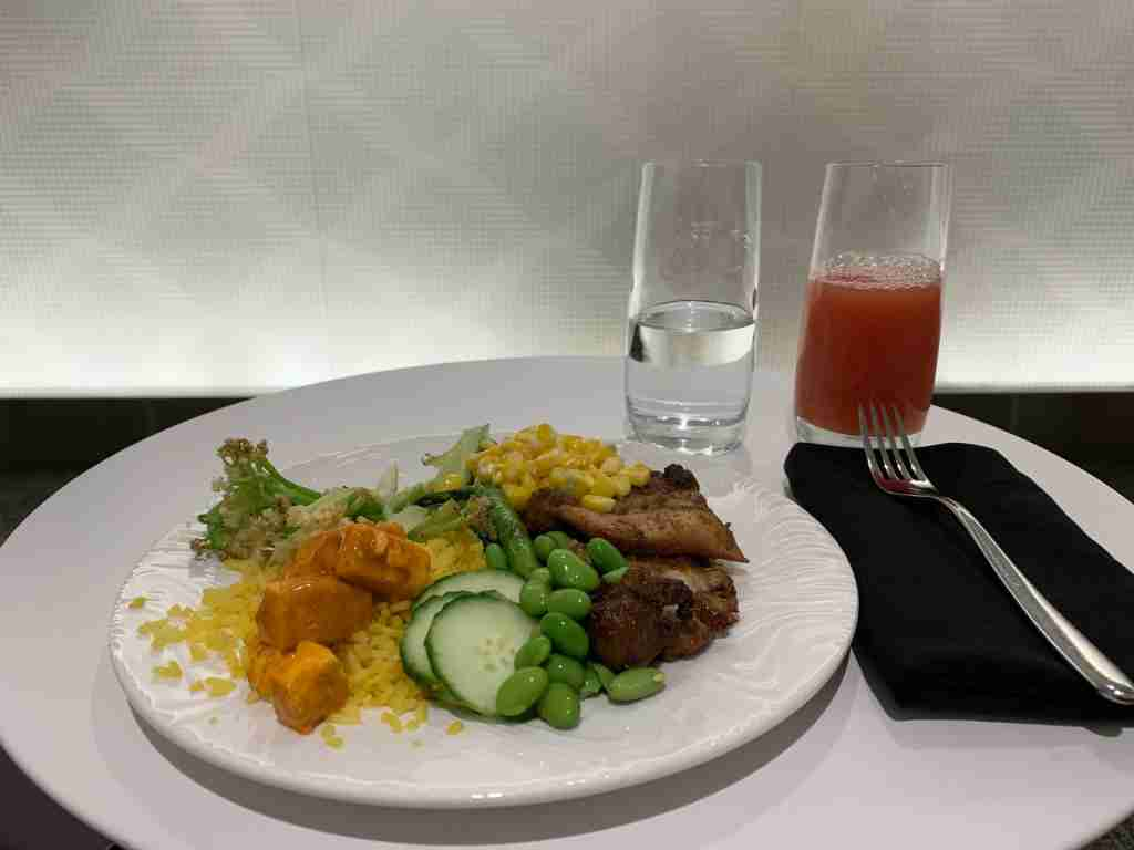 Dinner in the LaGuardia Centurion Lounge (Summer Hull / The Points Guy)