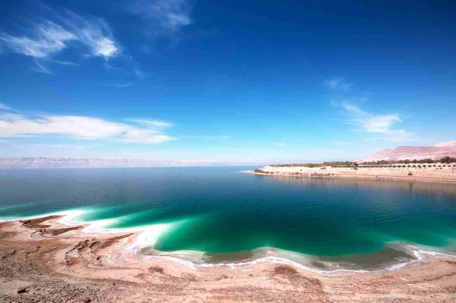 The Dead Sea on a clear day. (Photo by Aeduard / Getty Images)