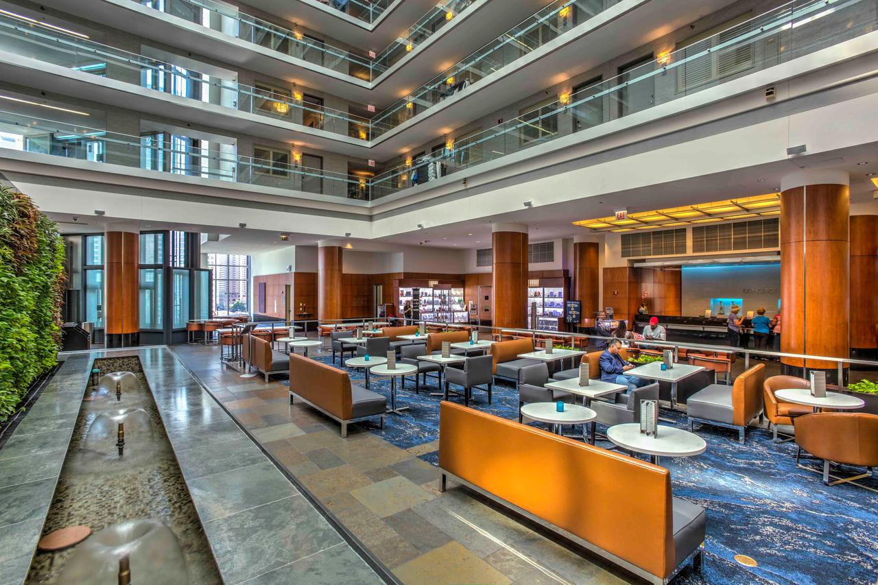 Inside the Embassy Suites Chicago Downtown. (Photo courtesy of Embassy Suites)