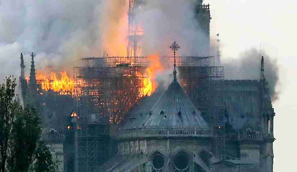 Flames rise during a fire at the landmark Notre-Dame Cathedral in central Paris on April 15, 2019 afternoon, potentially involving renovation works being carried out at the site, the fire service said. (Photo by FRANCOIS GUILLOT / AFP) (Photo credit should read FRANCOIS GUILLOT/AFP/Getty Images)