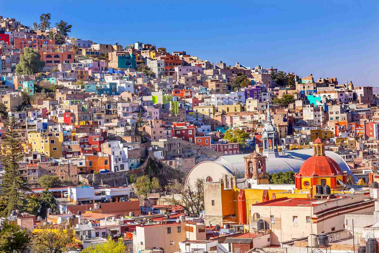Colored Houses in the Iglesia de San Roque Market in Guanajuato, Mexico. (Photo by Shutterstock)