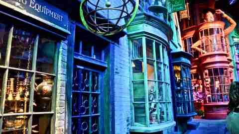 Diagon Alley at Harry Potter Studios London