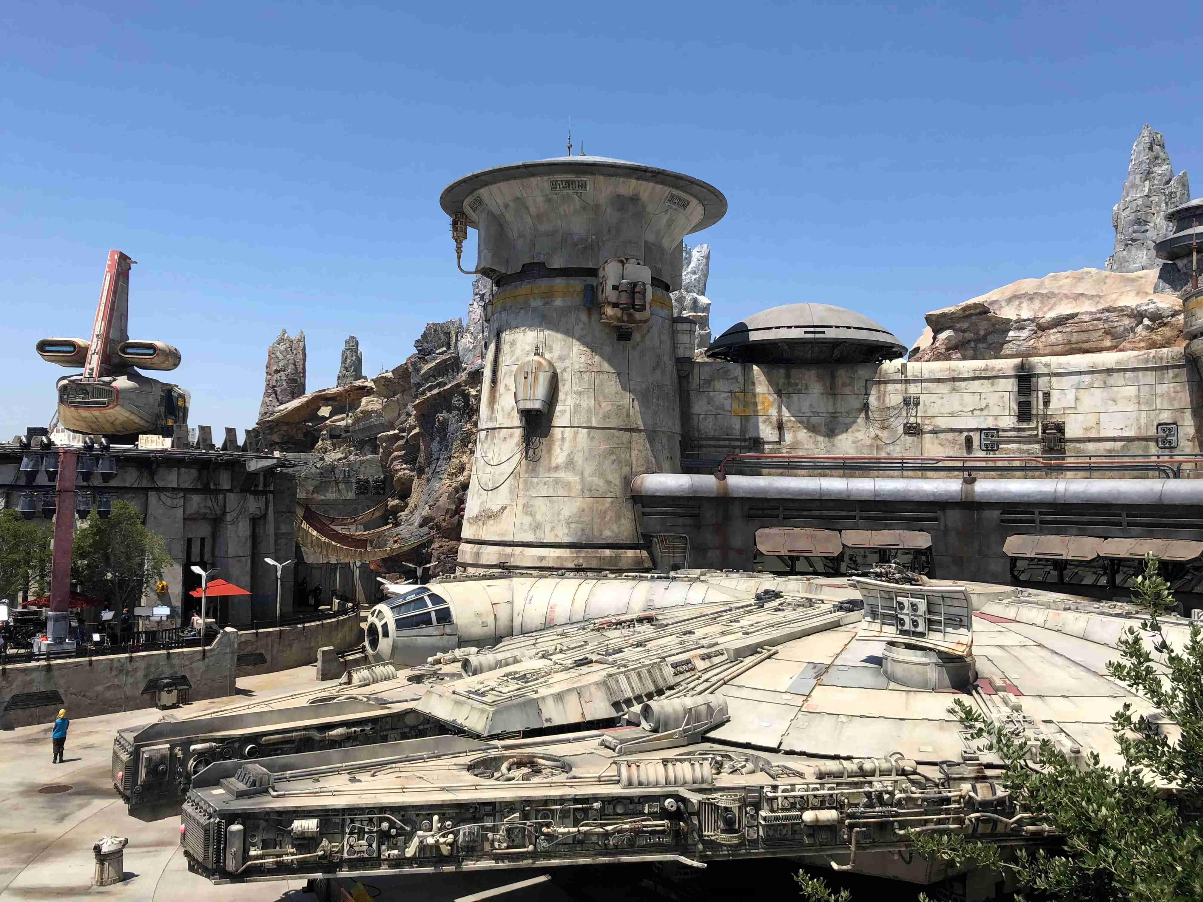 Star Wars Galaxys Edge - Millennium Falcon