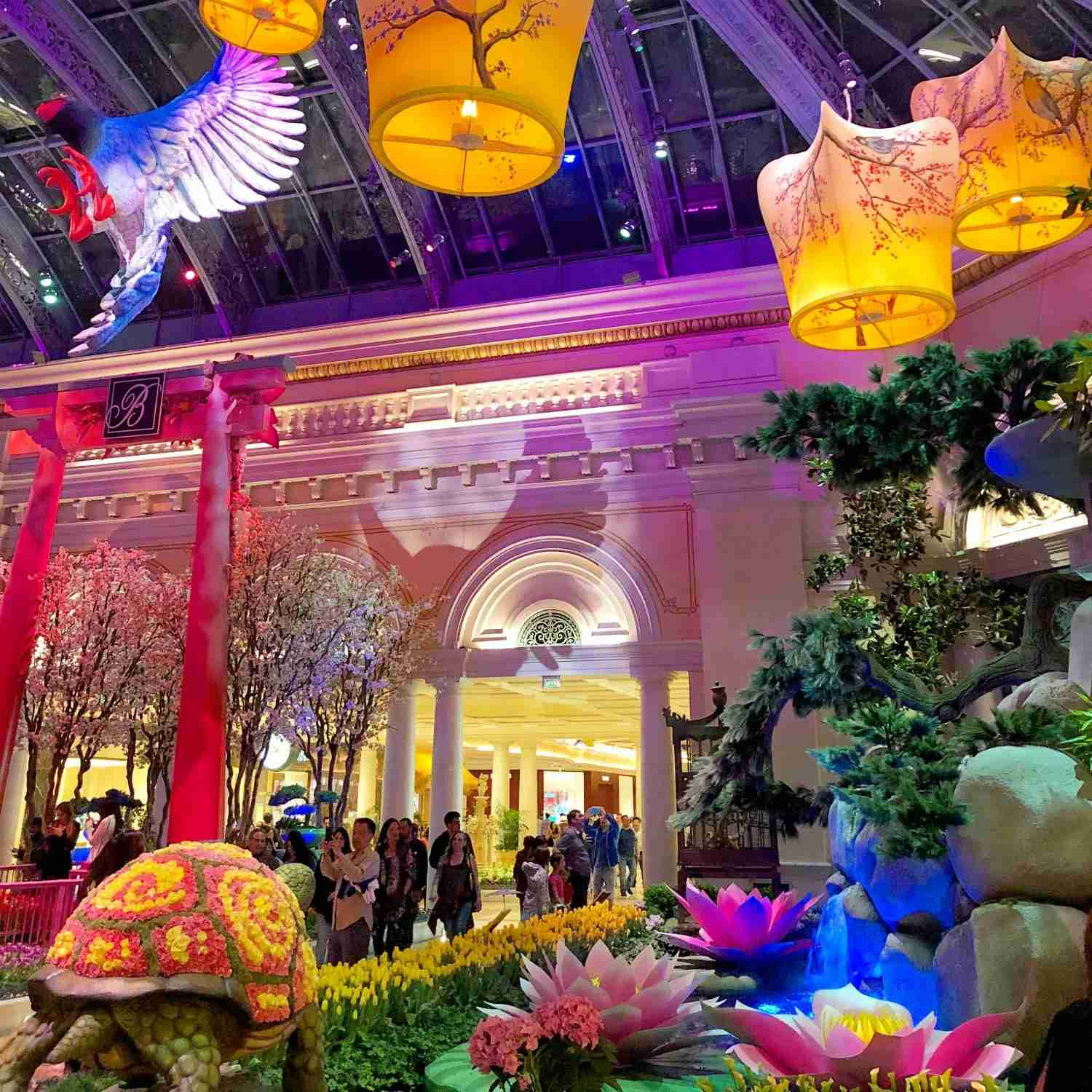Las Vegas with kids - Free Bellagio Conservatory