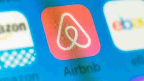 AirBnB App Phone Screen