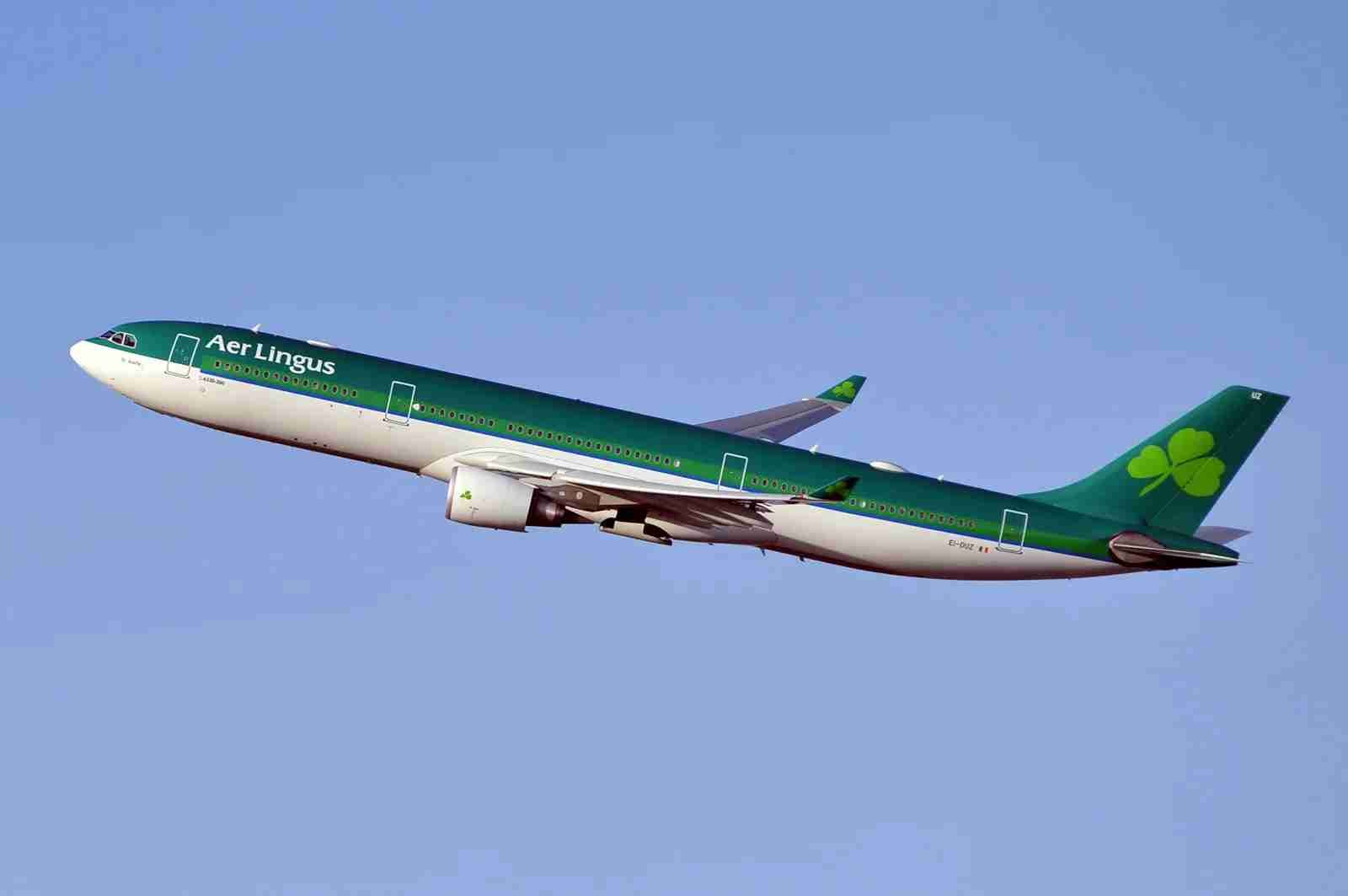 An Aer Lingus A330 takes off from Nw York JFK in April 2017 (Photo by Alberto Riva/TPG)