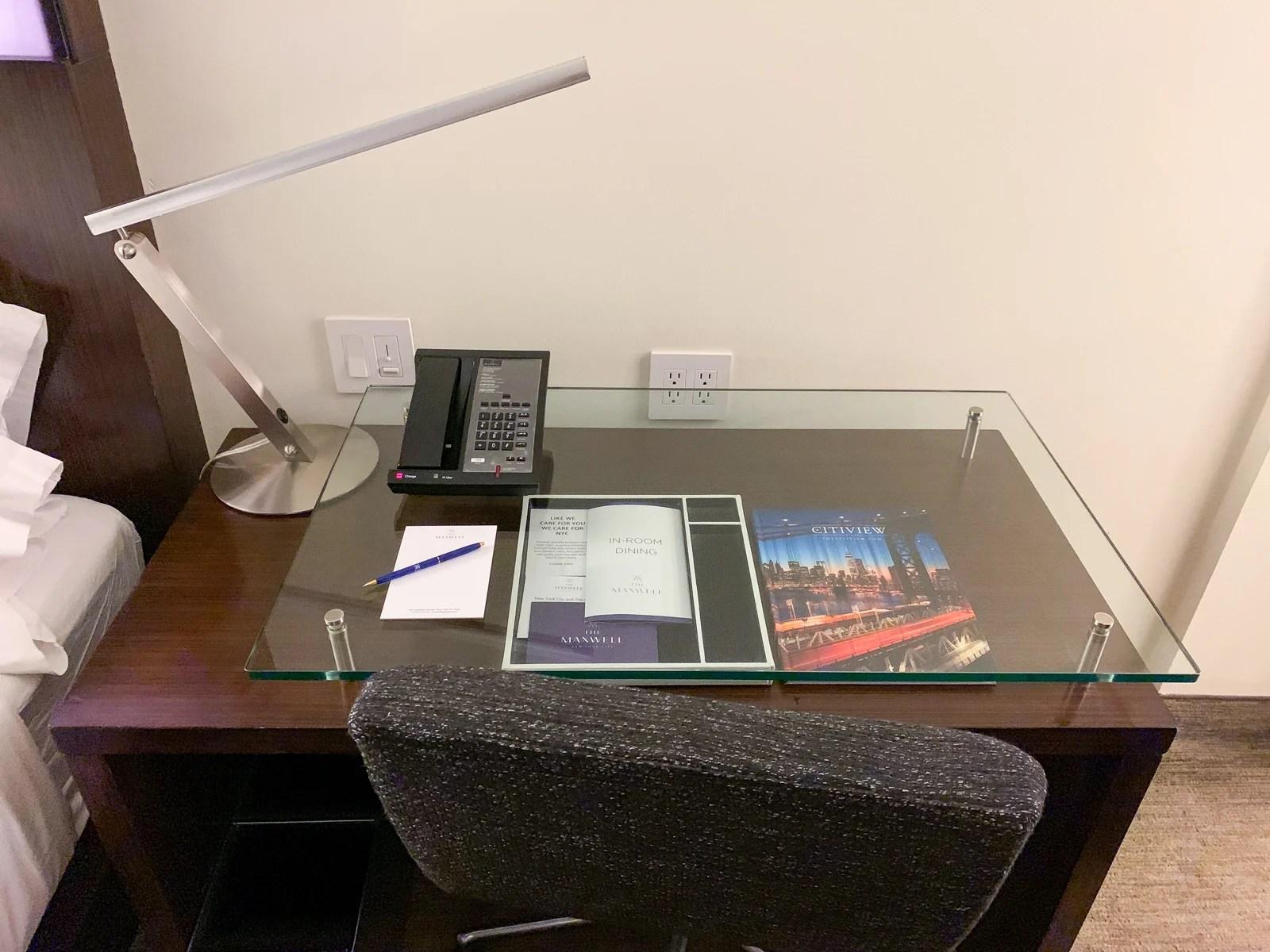 Maxwell Hotel NYC Desk