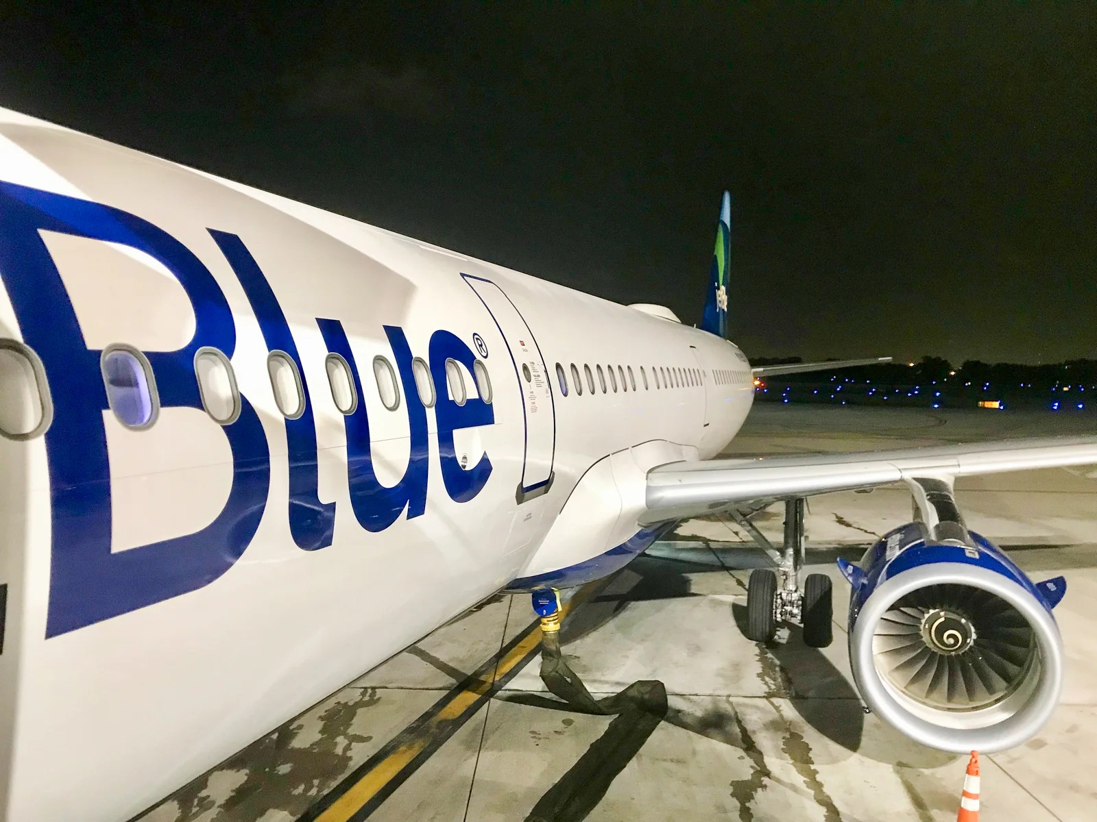 JetBlue flash sale: Flights starting at 2,700 points or $49 one-way