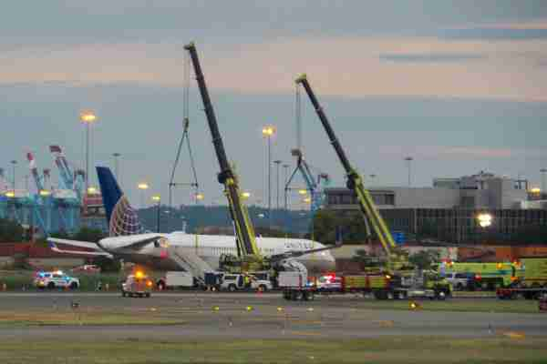 United Airlines flight UA
