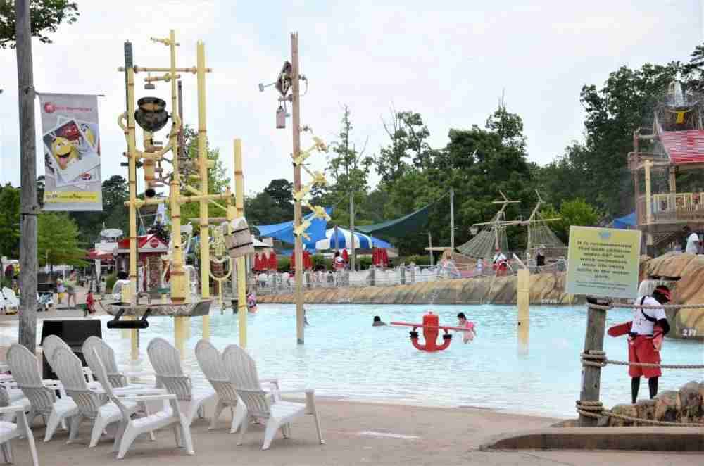 Discovery Bay at Hurricane Harbor is Perfect for Toddlers (photo by Matthew Minucci)