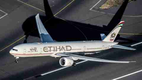 Etihad-777-300ER-old-livery-at-Sydney-Airport-SYD