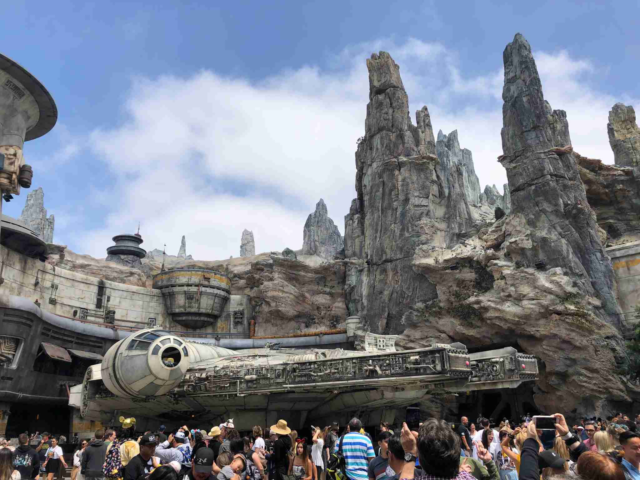 Crowds queue around the Millennium Falcon.(Image by Leslie Harvey.)