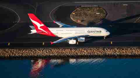 Qantas-A380-at-Sydney-Airport-SYD-3
