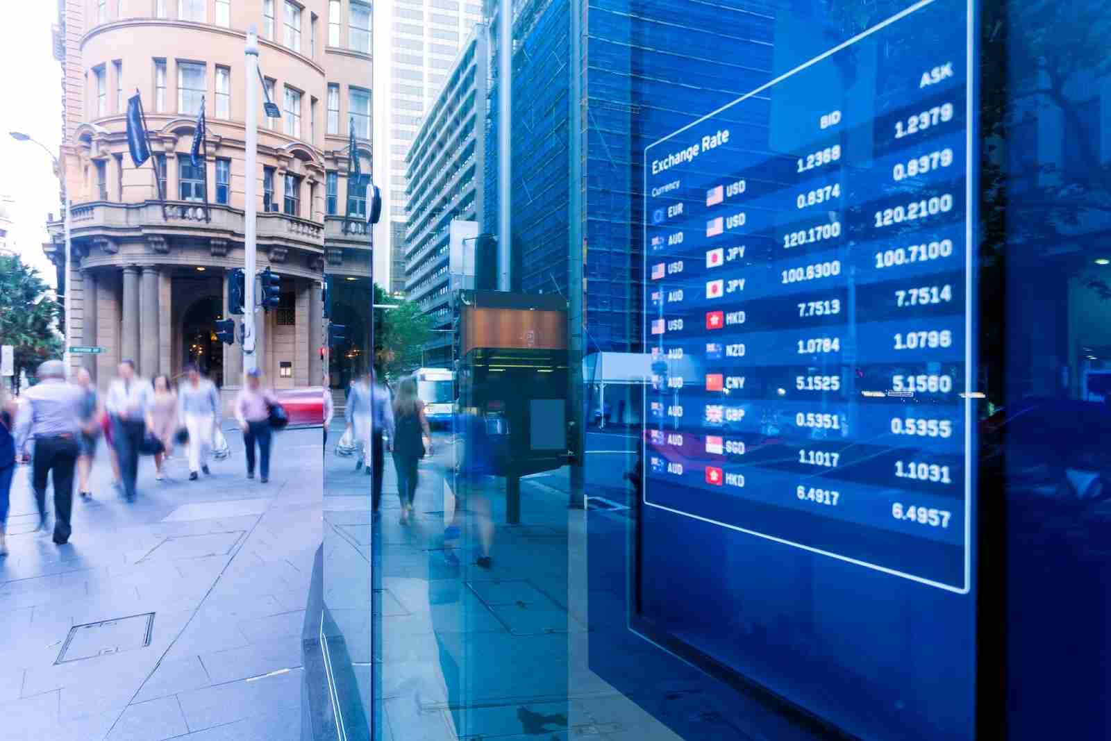 Exhange rate display bank outside