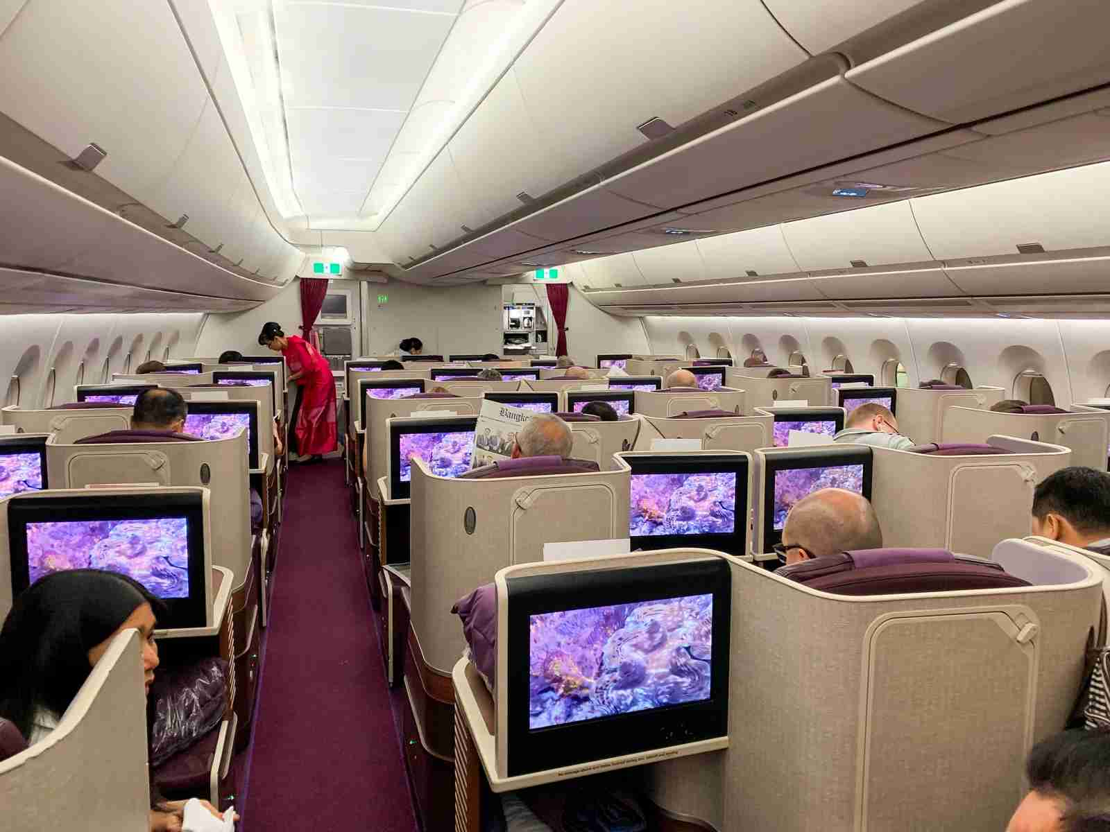 Thai Airways A350 business class. (Photo by Javier Rodriguez/The Points Guy)