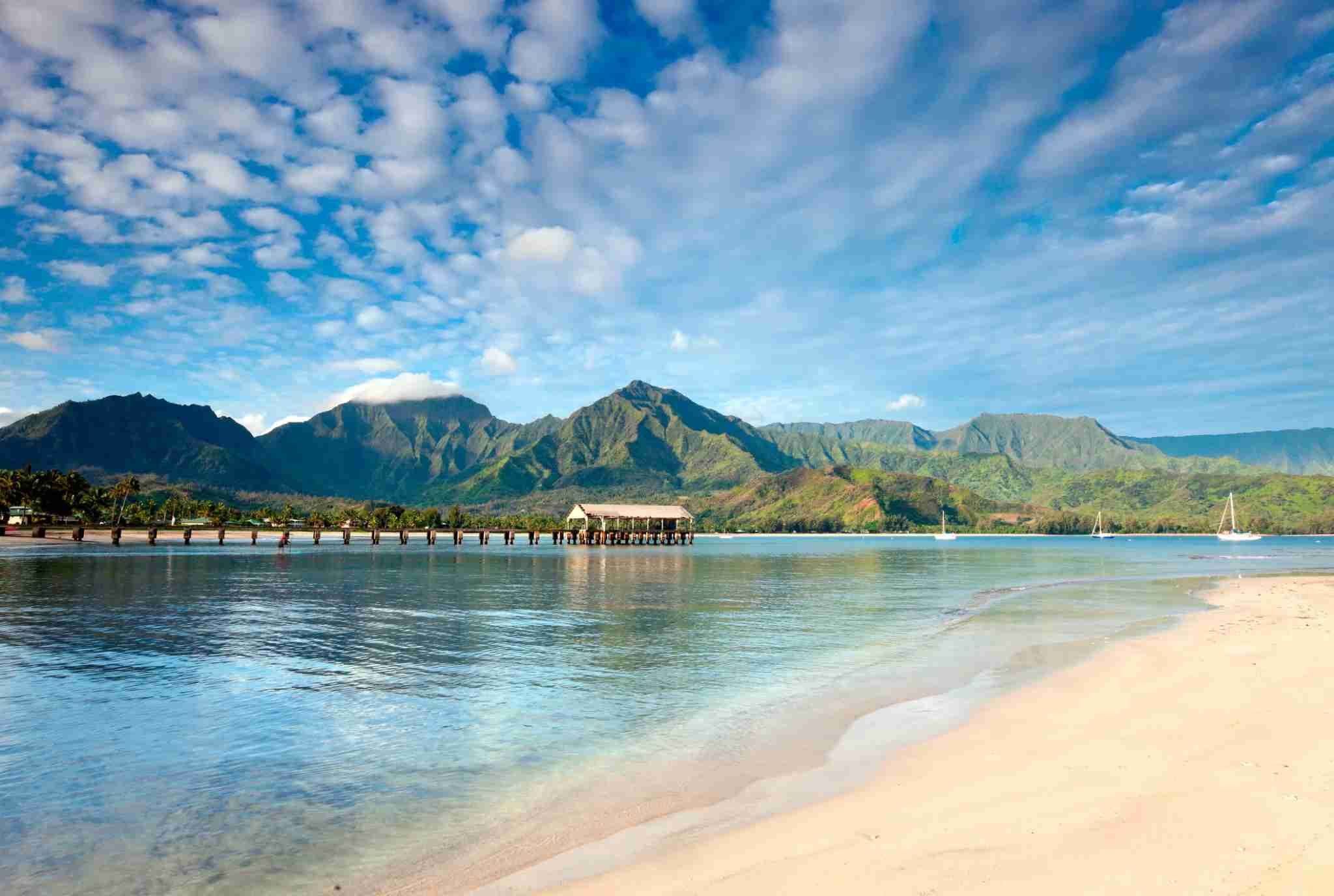 Hanalei Bay (M.M. Sweet / Getty Images)