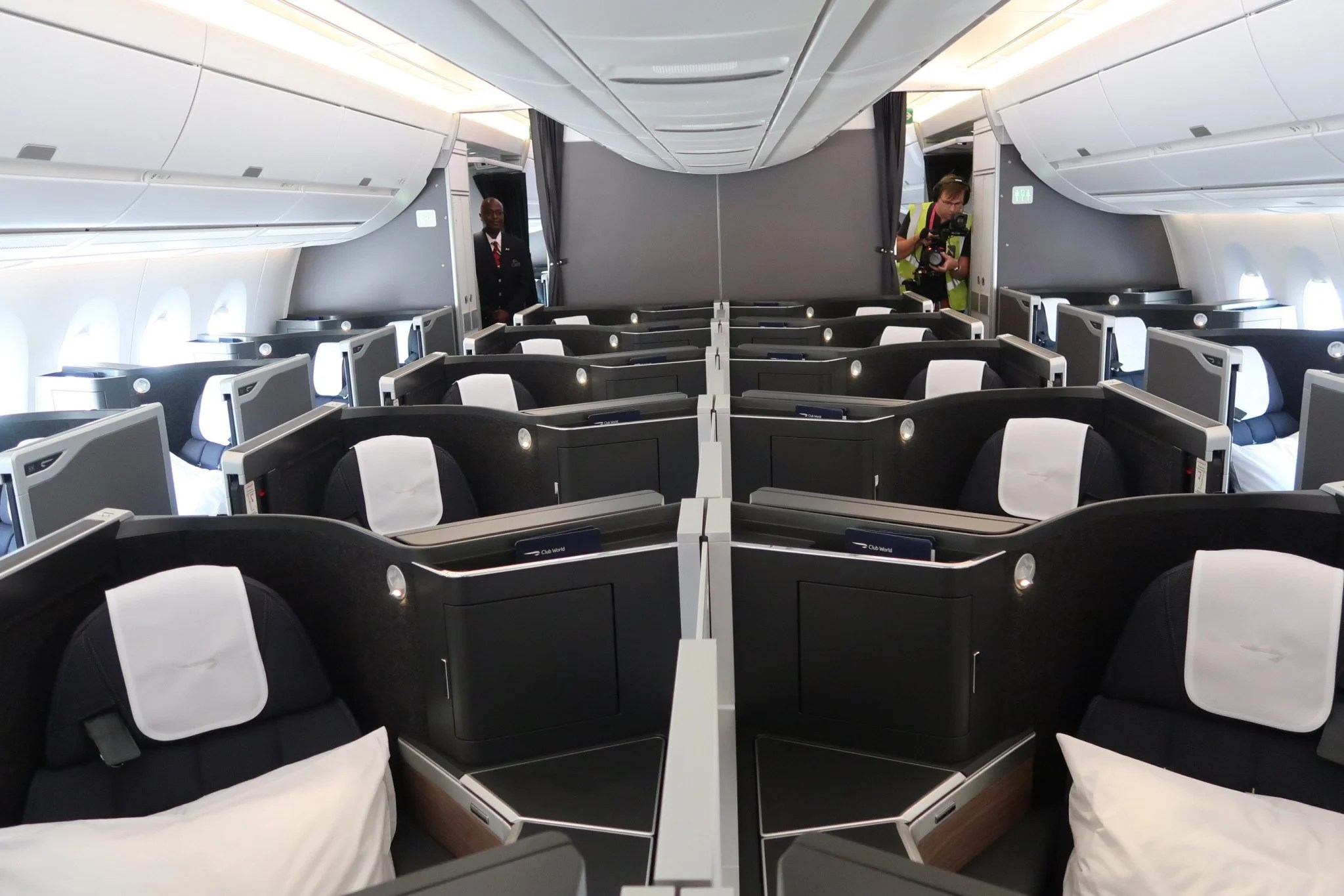 Inside British Airways Boeing 777-300ER - YouTube