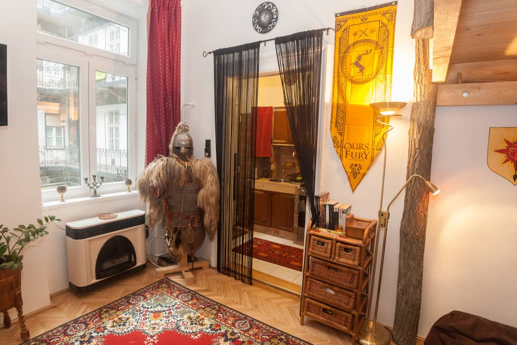 You Can Stay in a 'Game of Thrones'-Themed Airbnb for Only $43 a Night