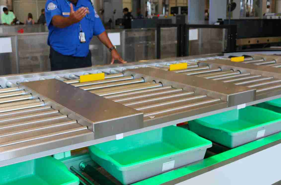 delta-terminal-f-atlanta-atl-security-new