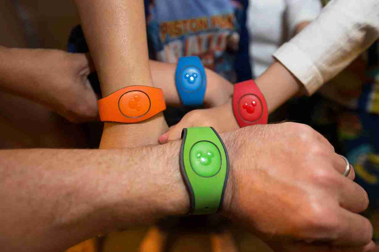 Charge meals to your room with a Magic Band (Photo by Gary Swartz via Flickr)
