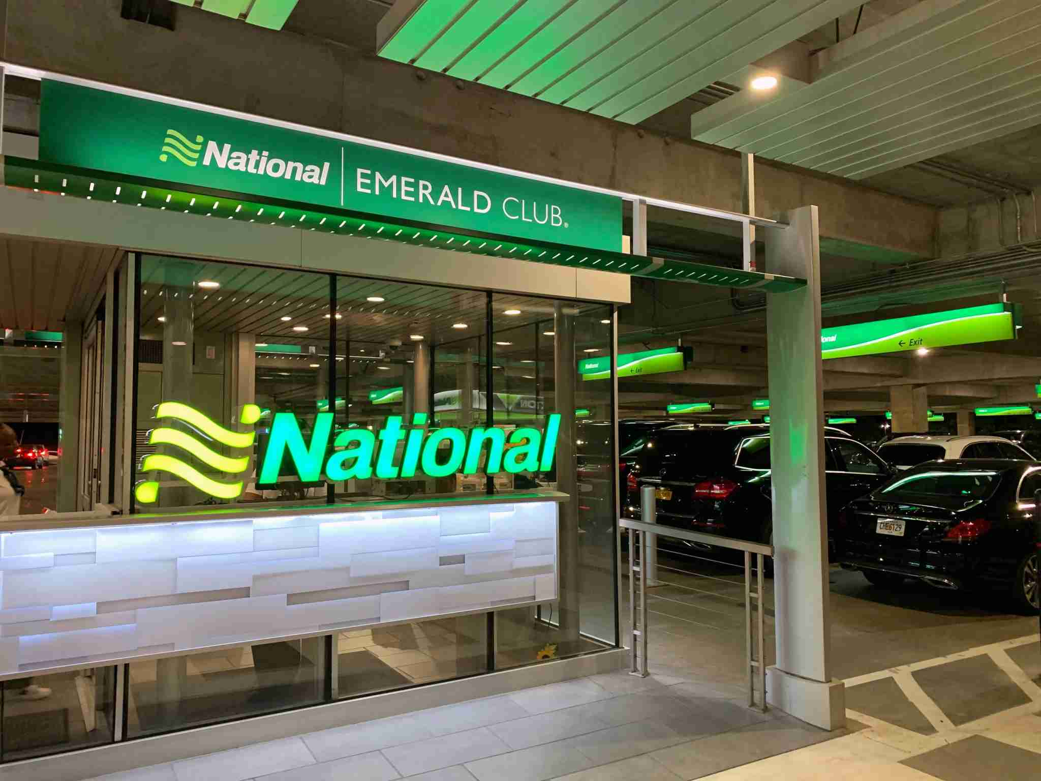 national-emerald-club-counter-airport-2019