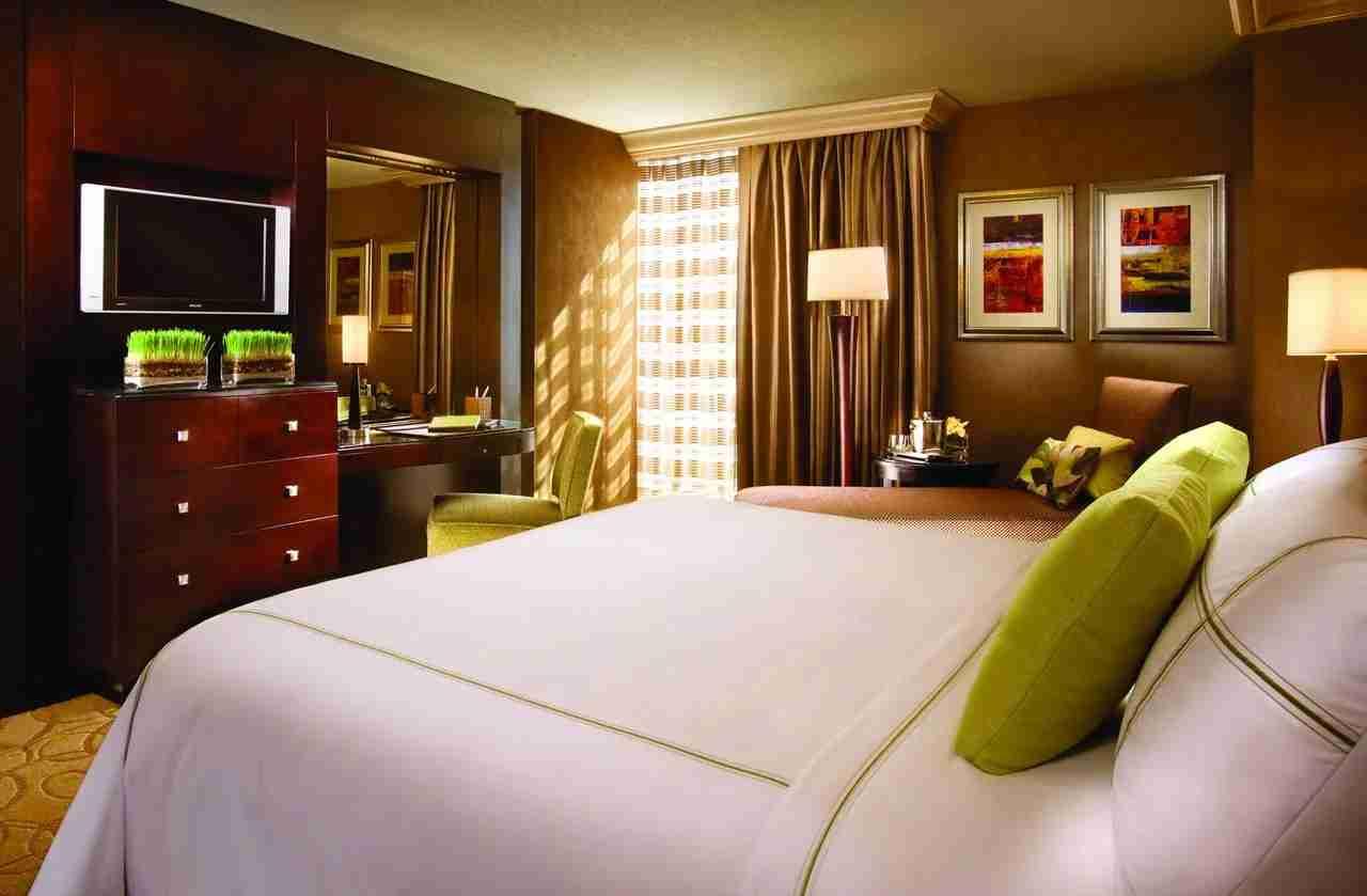 (Photo courtesy of Treasure Island Hotel and Casino Resort)