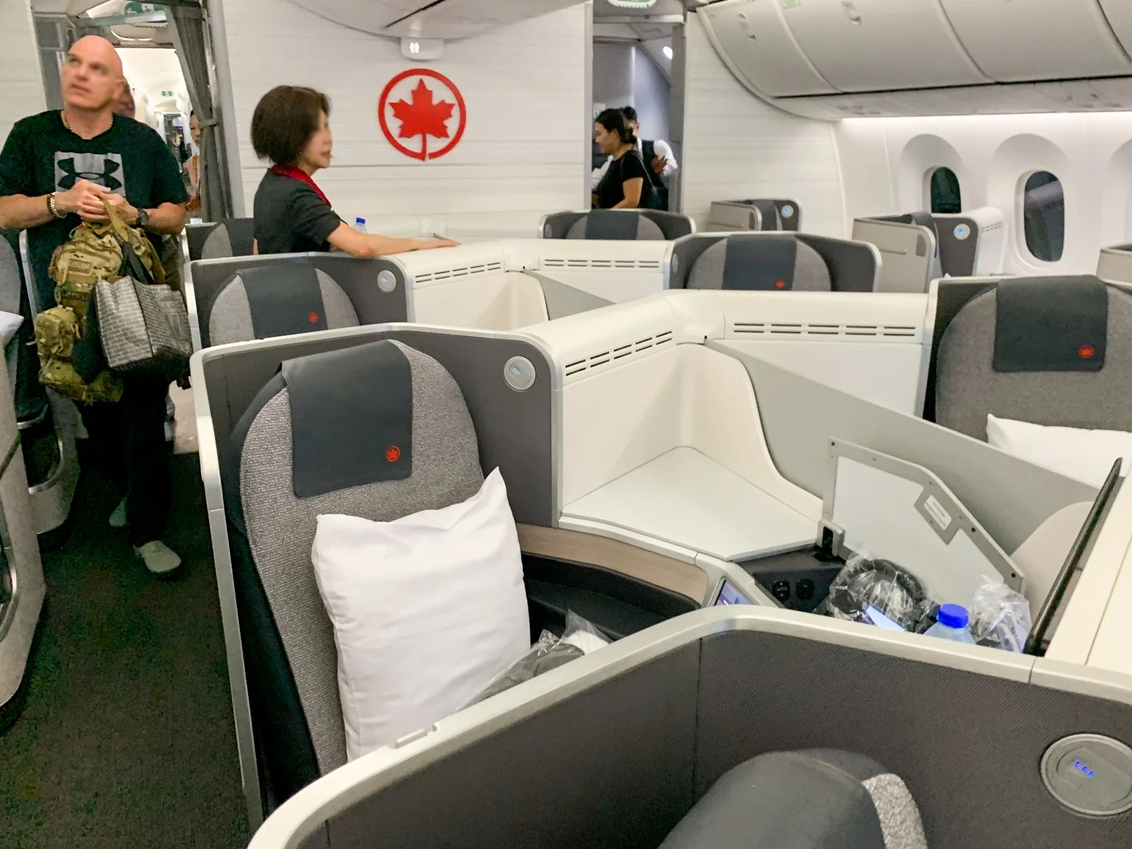 Upping the Ante: Air Canada's 787 in Business Class From Shanghai to Montreal