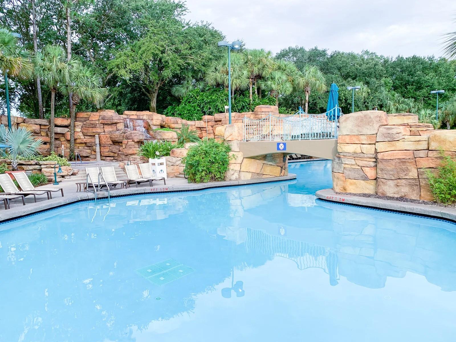 Comparing Marriott's Swan and Dolphin Walt Disney World Resorts