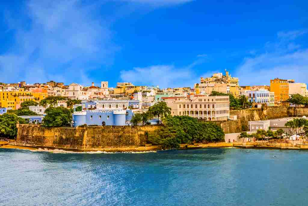 Buildings on the coast of San Juan, Puerto Rico (Image by dbvirago/iStock/Getty Images)