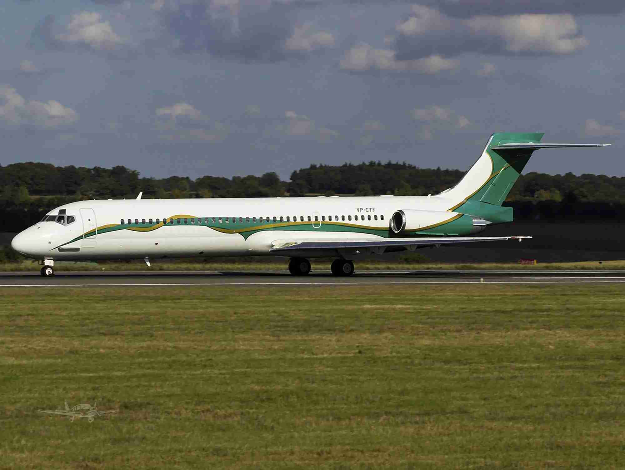 A 1989 McDonnell-Douglas MD-87 in its current livery. (Image courtesy of Bloomer deVere Dahlfors, Inc. via Controller.com)