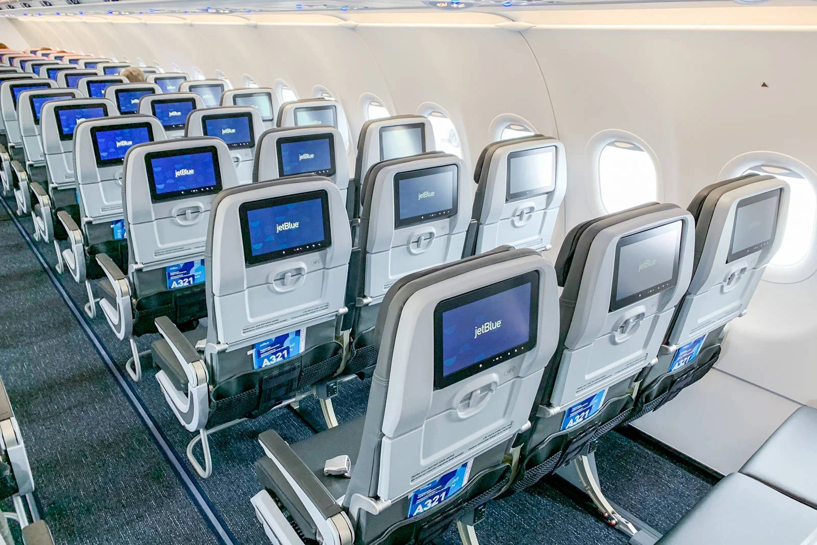 All about airline-ticket expiration policies