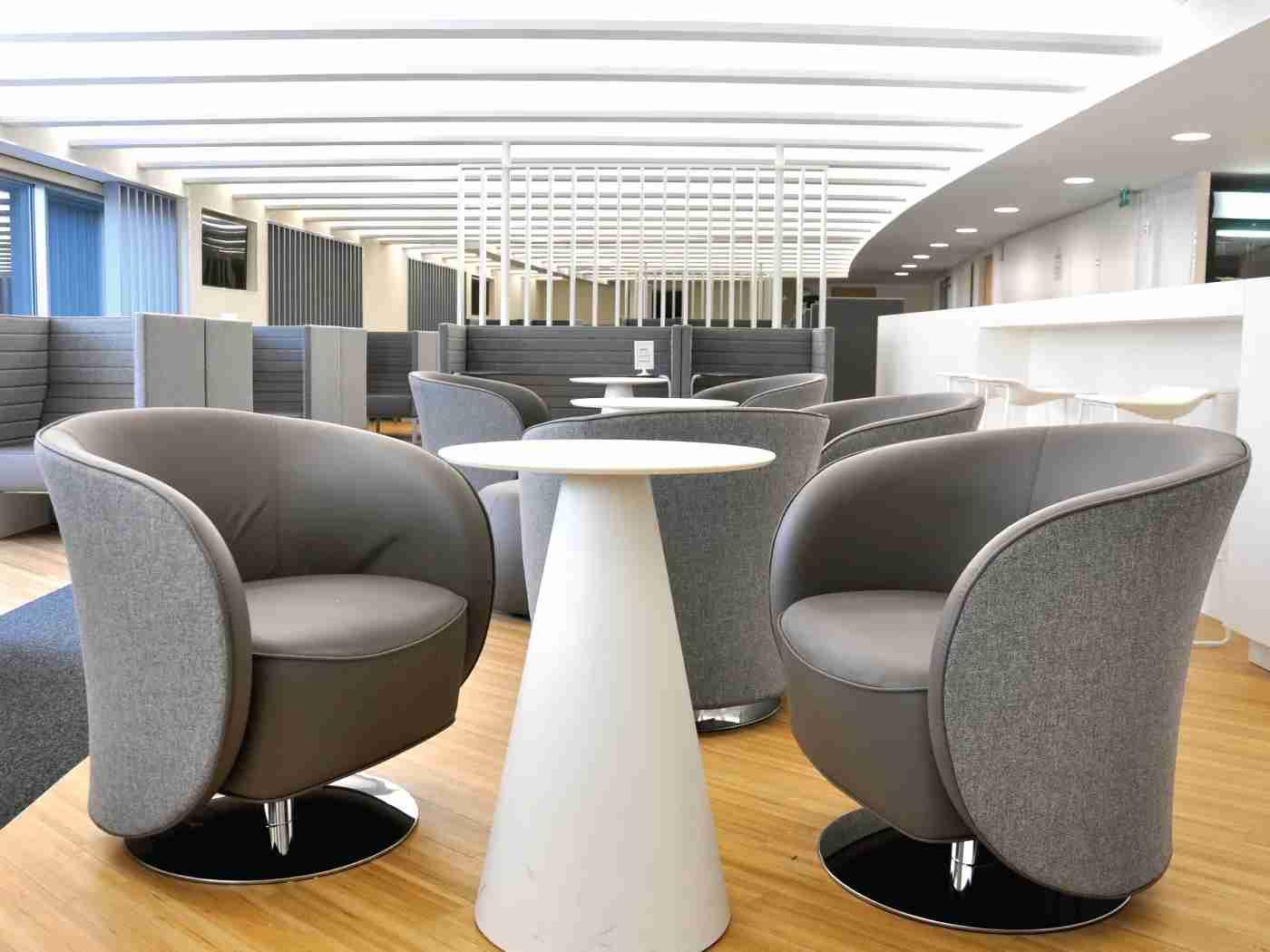 (Photo courtesy of Plaza Premium Lounge)