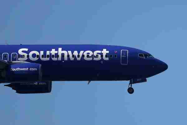 A Southwest Airlines Boeing 737 nears Oakland International Airport on April 25, 2019.  (Photo by Justin Sullivan/Getty Images)
