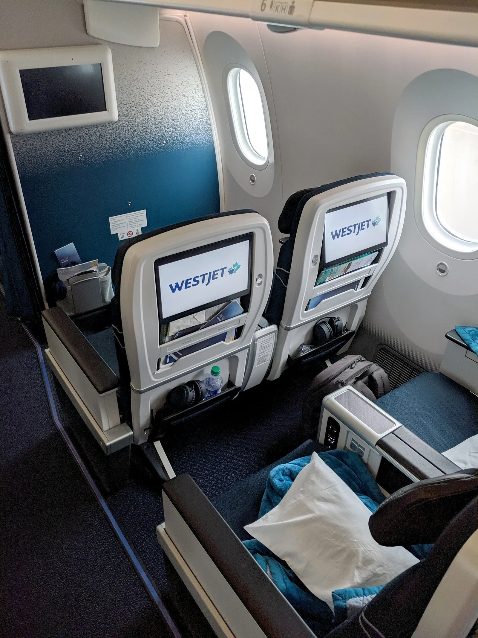 Really premium economy: A review of WestJet Premium from Toronto to London on the 787