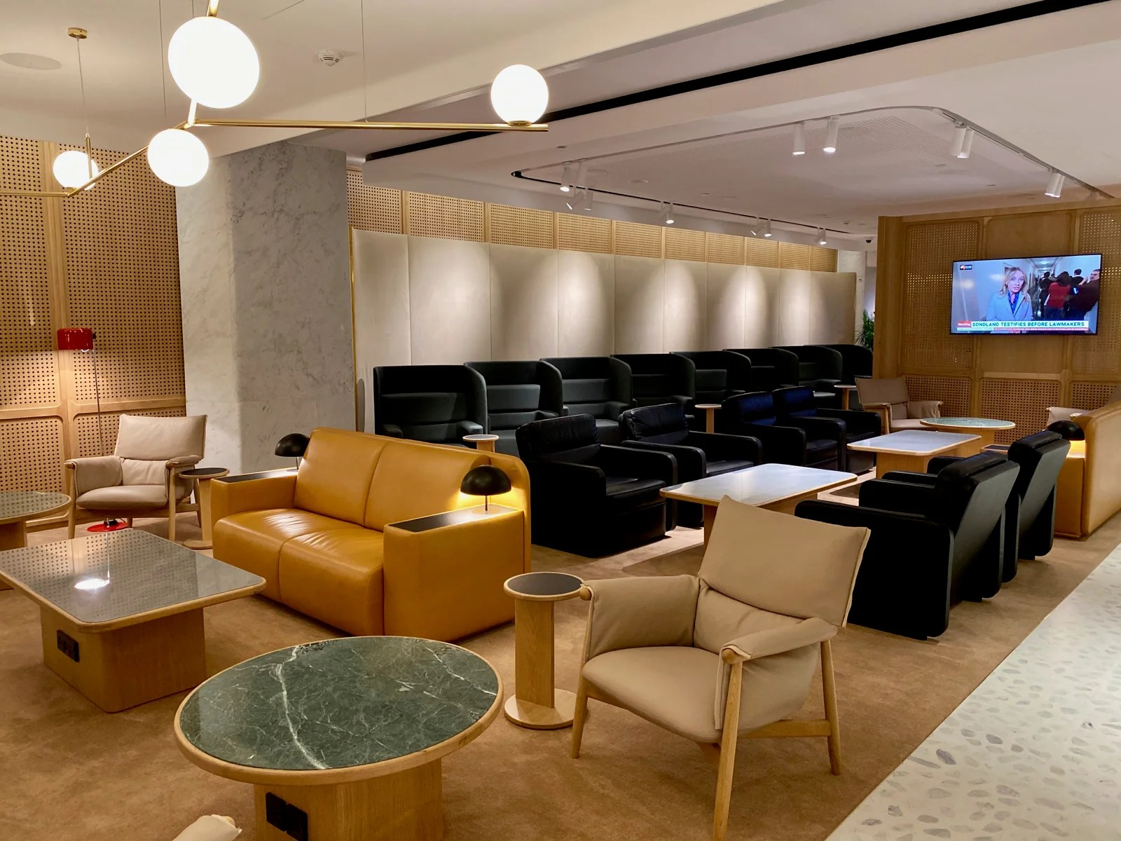 Top-notch oasis for Oneworld elites: A review of Qantas' brand-new International First Lounge in Singapore