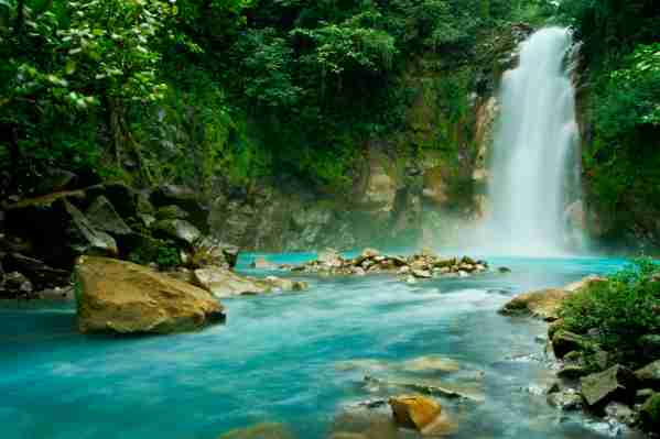 Rio Celeste Falls in Costa Rica. (Photo b7 Kryssia Campos/Getty Images)