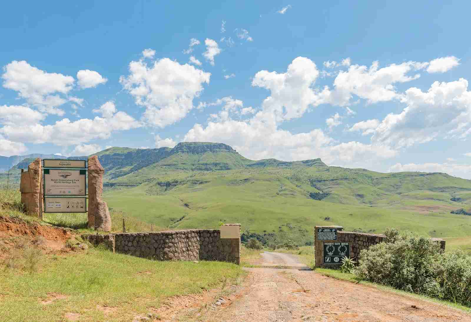 The Maloti Drakensberg Park. (Photo by GroblerduPreez/Getty Images)