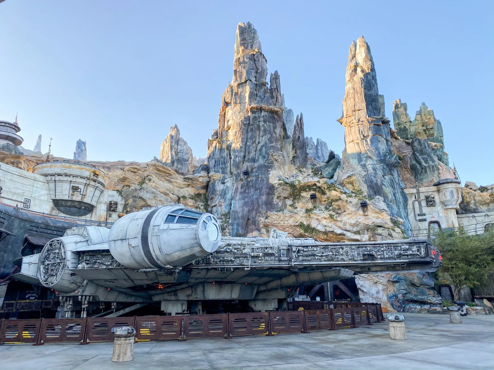 From FastPass+ to Falcon rides: All about Star Wars: Galaxy's Edge at Walt Disney World