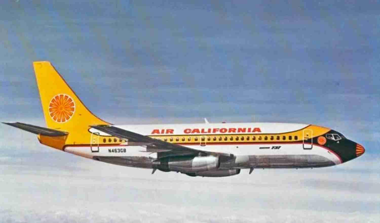 Air California's distinctive colors on a 737.