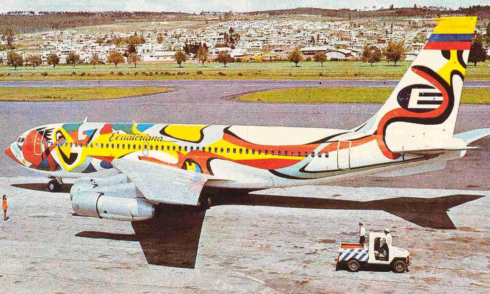An Ecuatoriana Boeing 720, a version of the 707.
