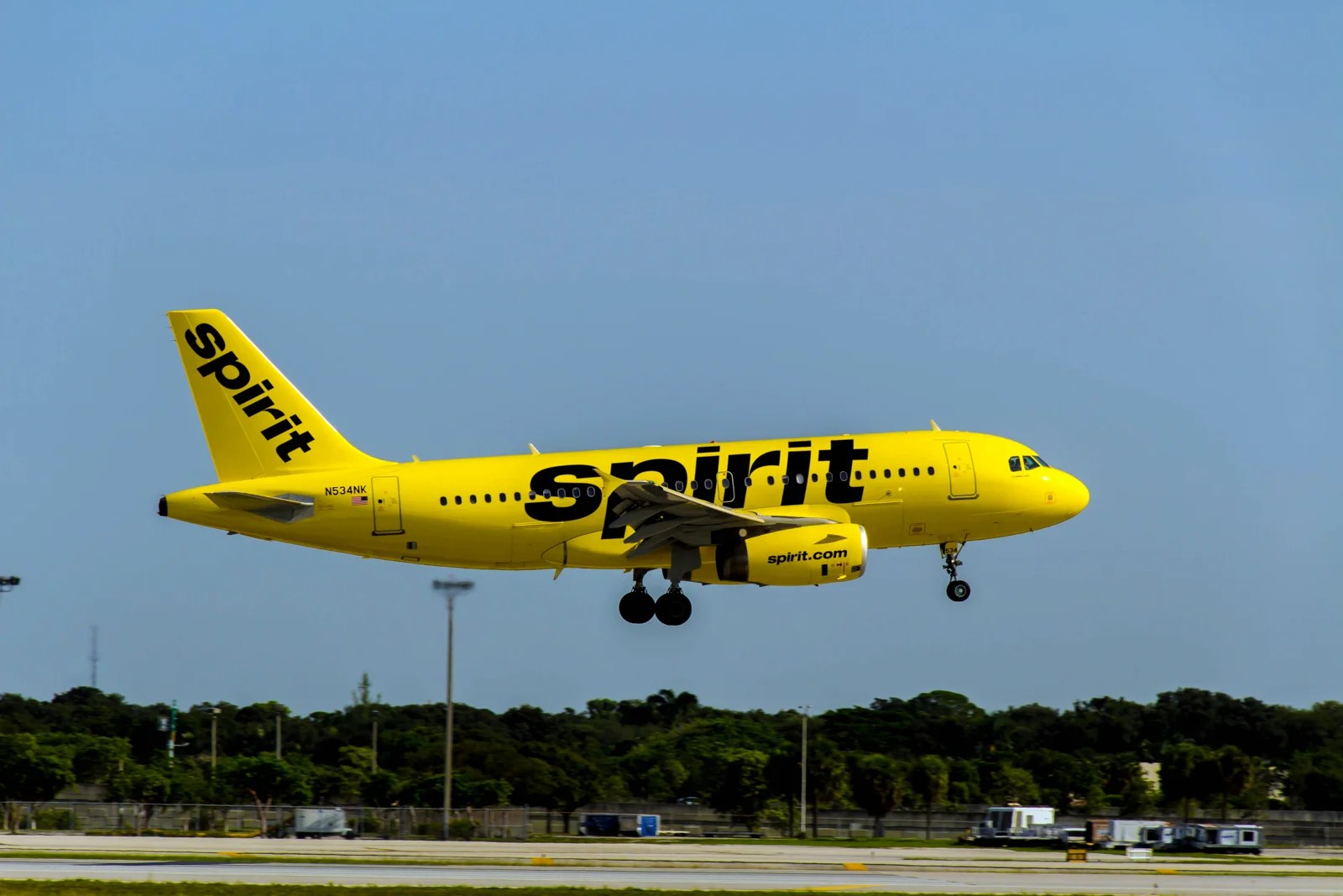 Spirit expands in Florida in bid to be state's 'Hometown Airline'