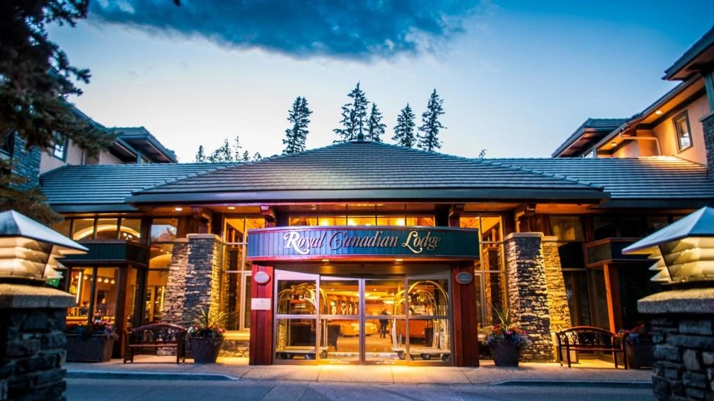 Image courtesy of the Delta Banff Royal Canadian Lodge